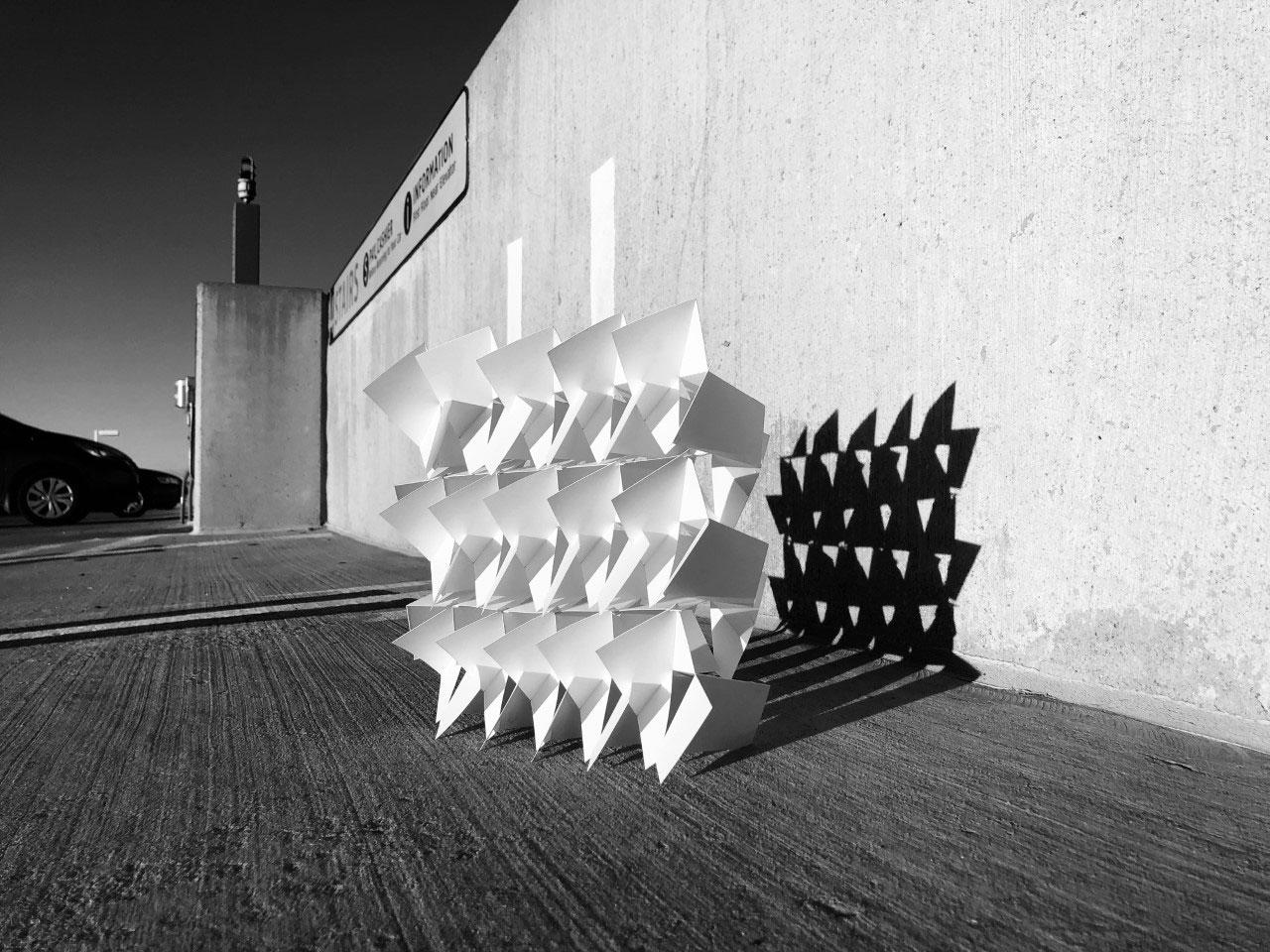 Screen wall by Rafael Taiar
