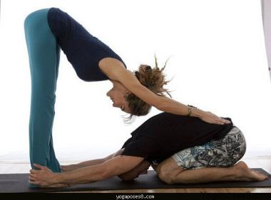 Yoga: Child's Pose with two people
