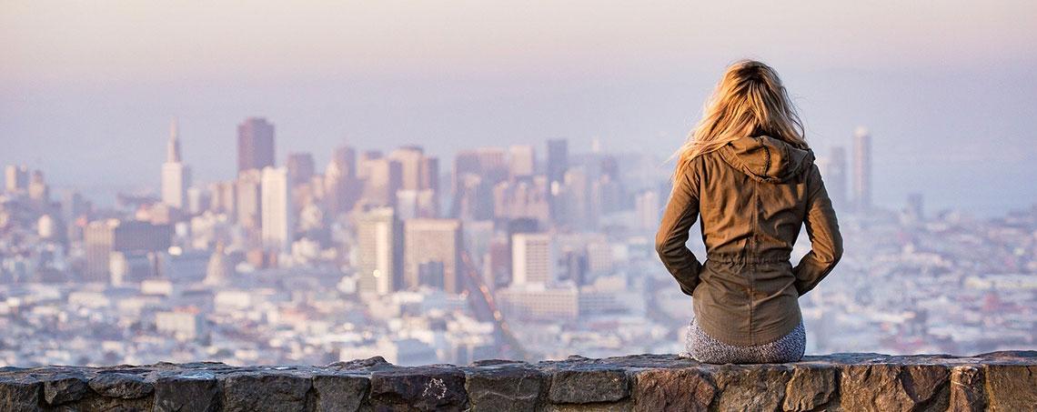 Student looking at San Francisco skyline